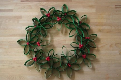 toilet-roll-wreath