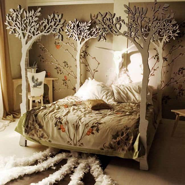 tree-four-poster-bed