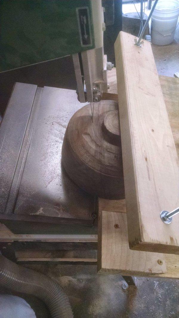 tree-trunk-bowl-cut