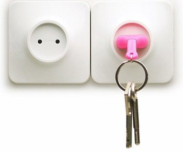 unplug key ring different pink