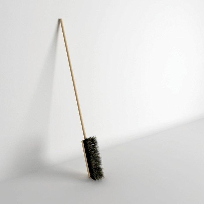 useless-broom