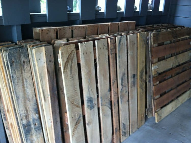 wooden-pallets-initial