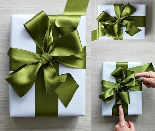 wrapping-green-bow