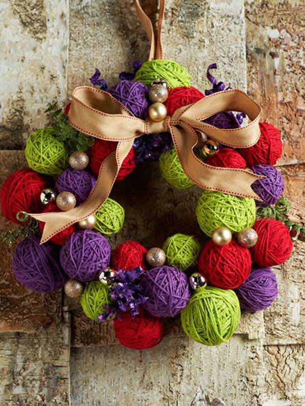 yarn-wreath