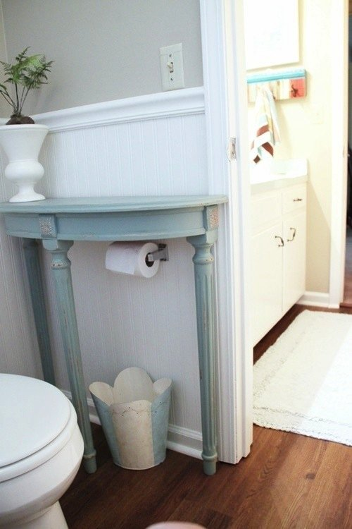 DIY-table-bathroom