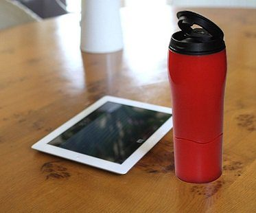 Spill-Proof Travel Mug red