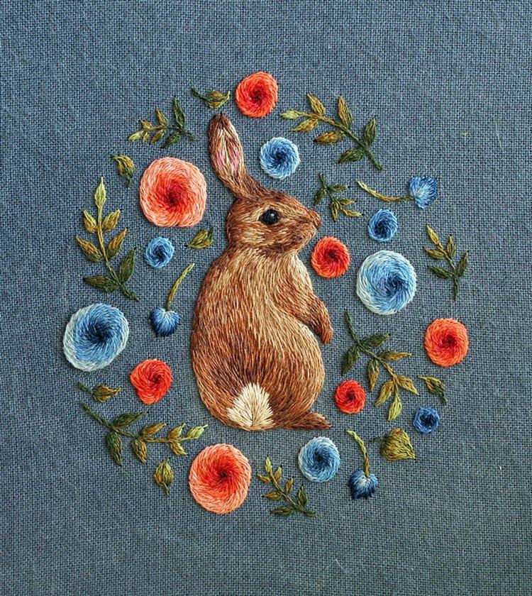 animal-embroidery-chloe-giordano-rabbit