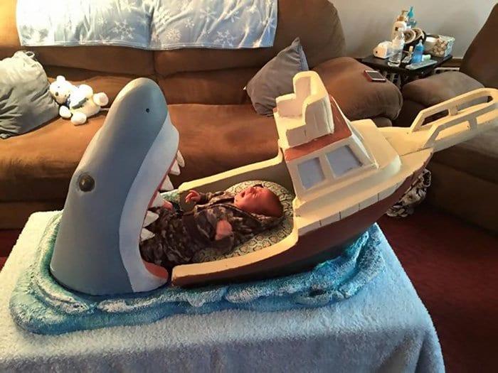 baby jaws crib