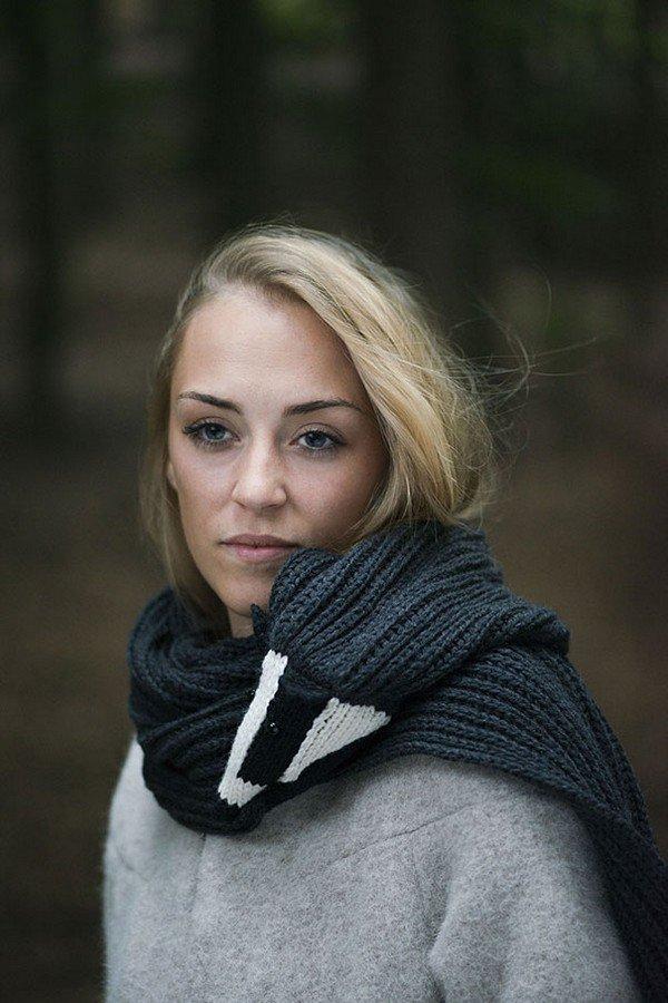 badger scarf