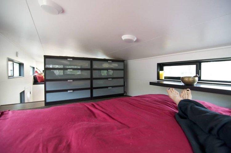 bedroom-tiny-house