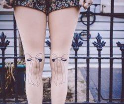 bow-tie-tights