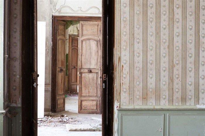 chateau-doors