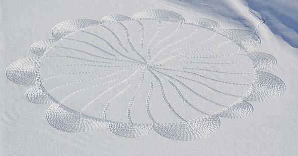 circular snow pattern