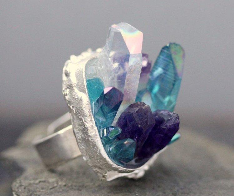 crystal-ring