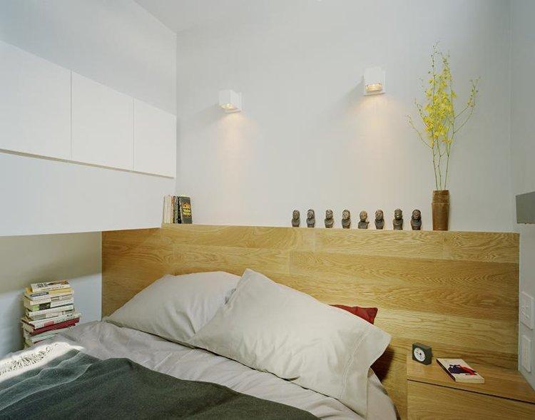 design-500-sq-ft-apartment-bed-close