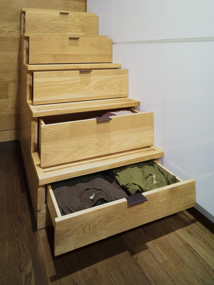 design-500-sq-ft-apartment-drawers-stairs
