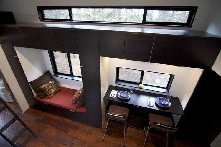 desk-tiny-house