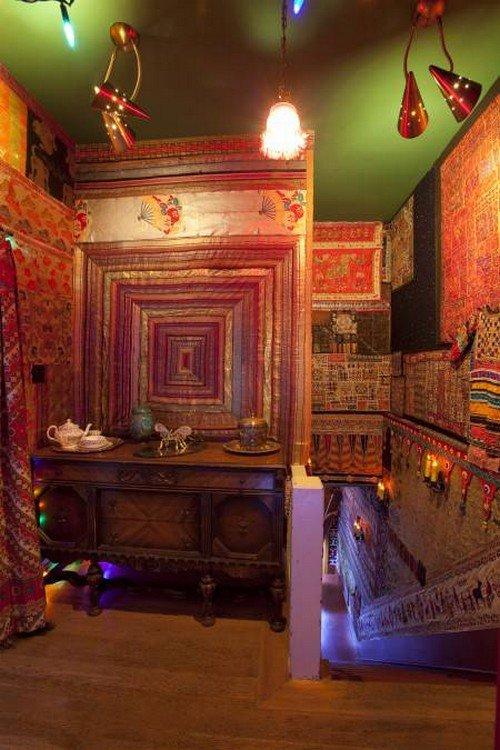 dresser carpeted walls