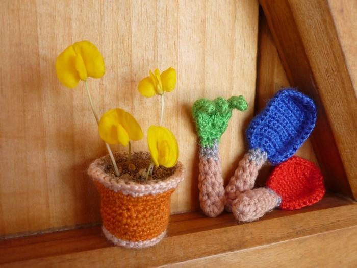 garden tools flowers