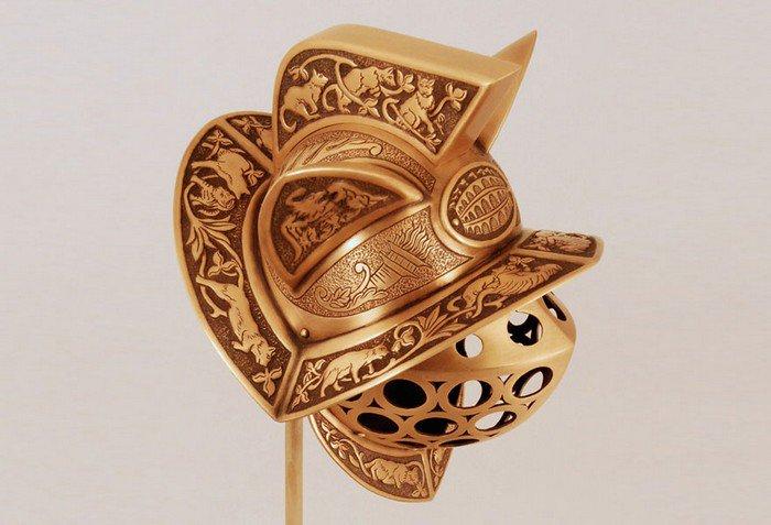 gladiator cat helmet side