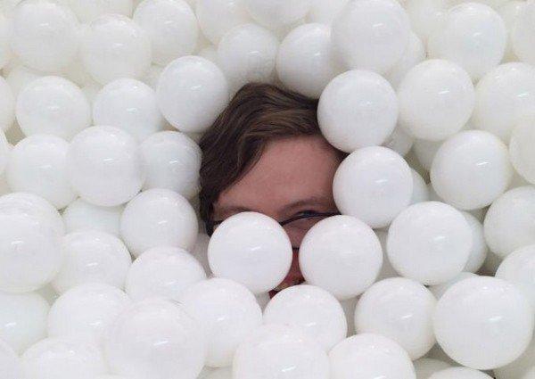 glasses balls
