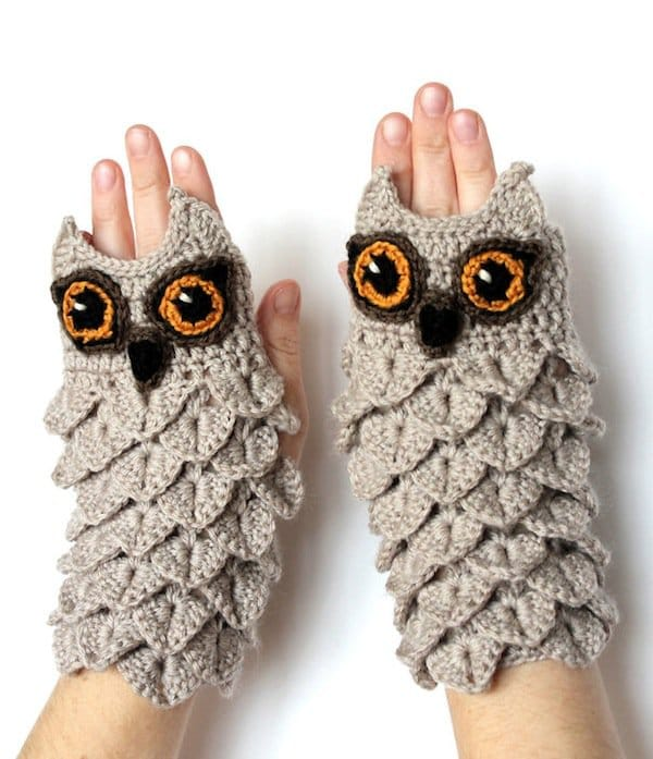gloves-owl
