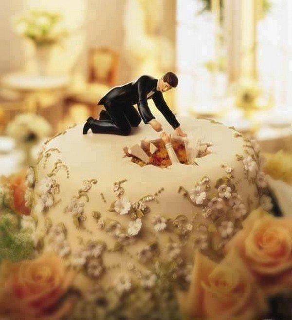 hole cake