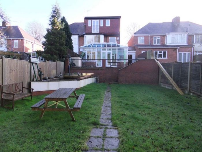 house-garden-lawn