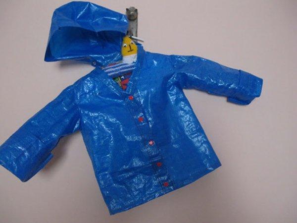 ikea-bag-raincoat