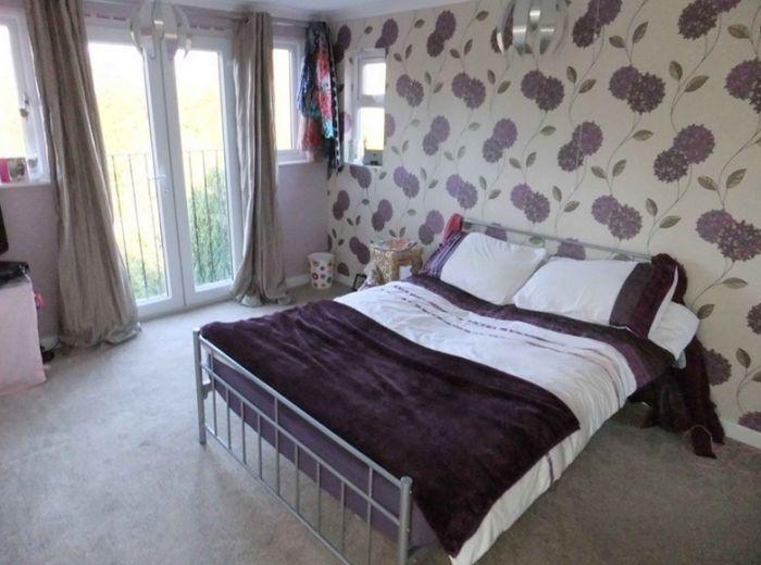 inside-house-bedroom