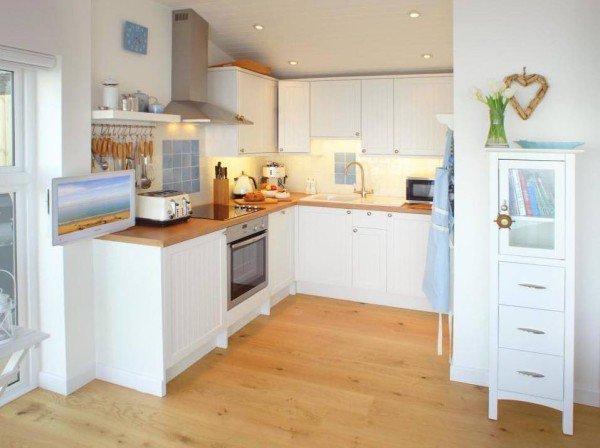 kitchen-cornwall-cliff-cottage