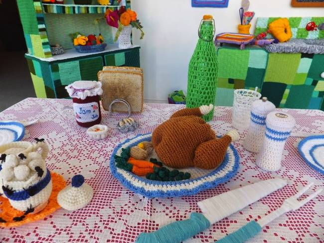 knitted-kitchen-food