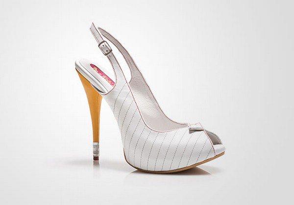 kobi levi write shoe side