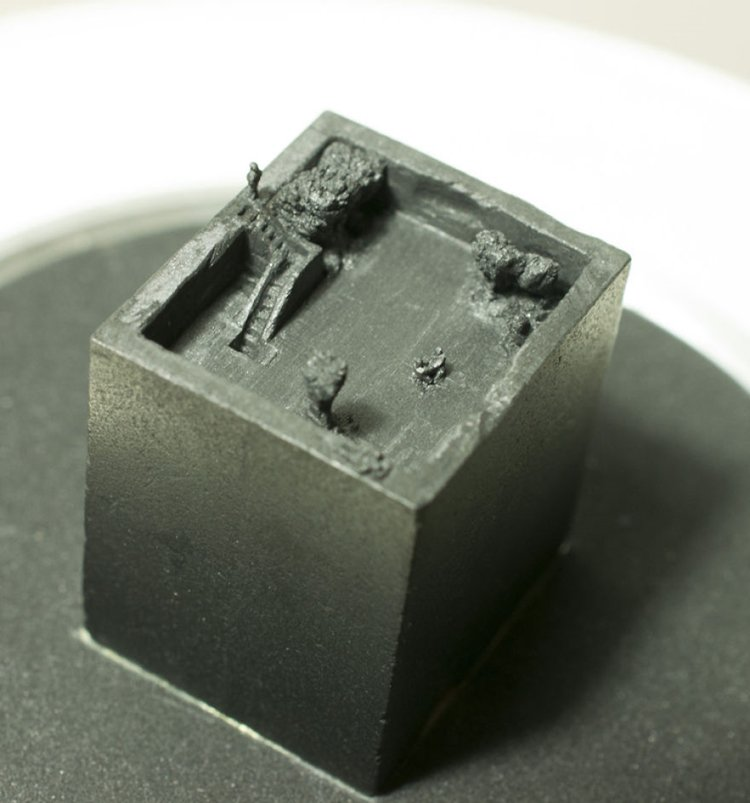 mini-graphite-sculptures-kreze-cube