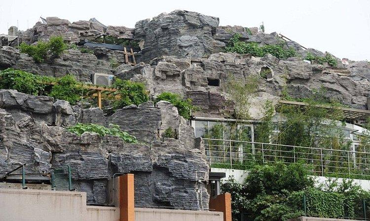 mountain-villa