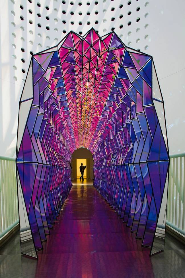 olafur-eliasson-one-way-color-tunnel