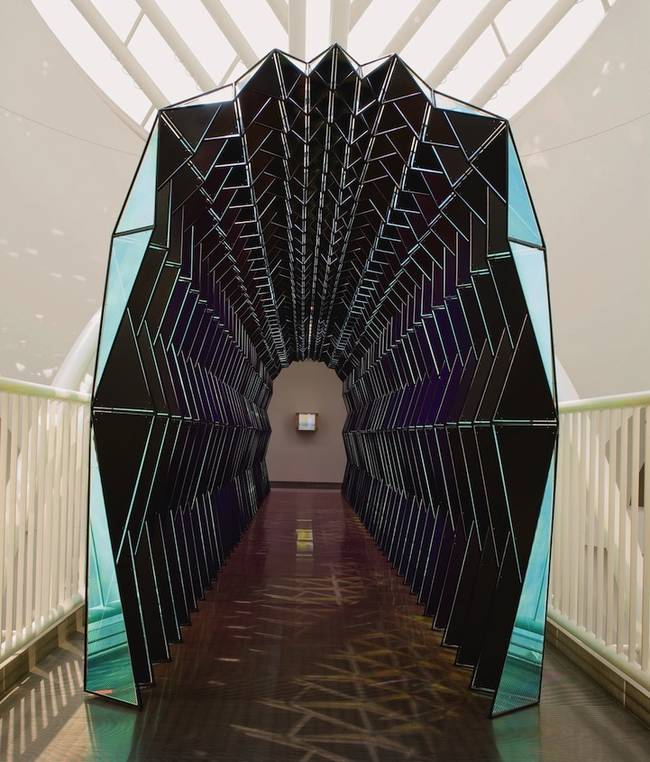one-way-color-tunnel