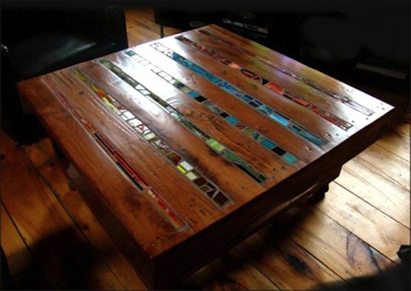 wood pallet table with colorful mosaic design diy furniture