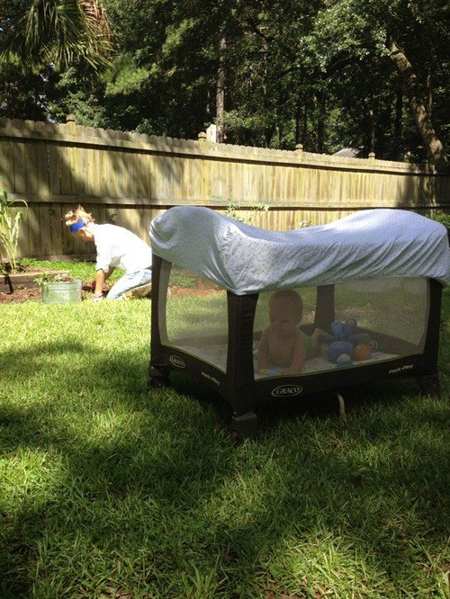 playpen outdoors mother