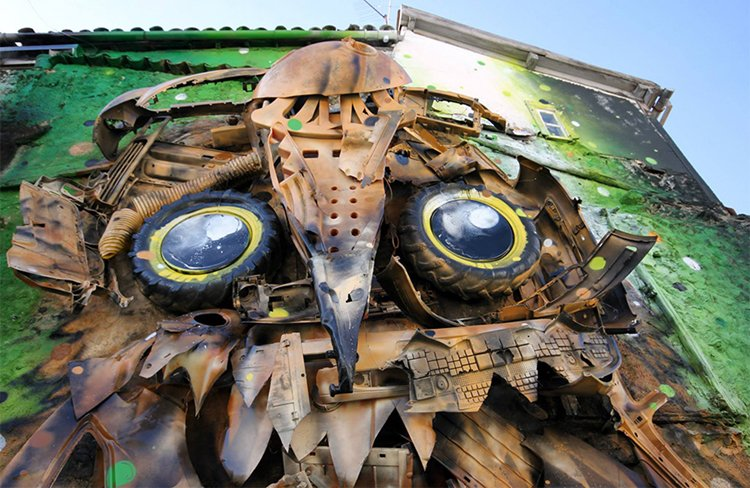 recycled-owl-sculpture-street-art-artur-bordalo