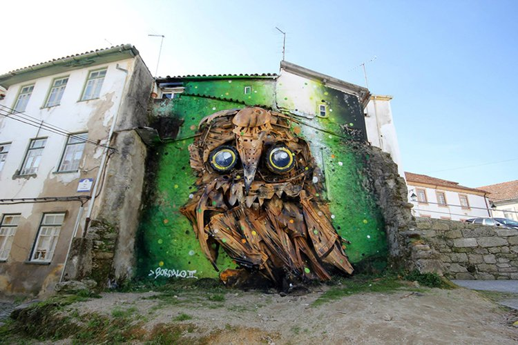 recycled-owl-sculpture-street-art