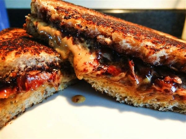 sandwich-pbj