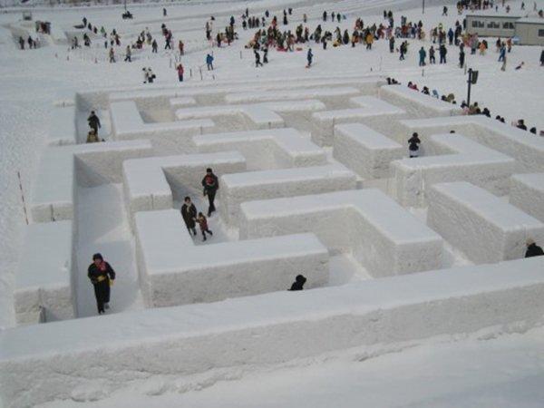 snow-maze