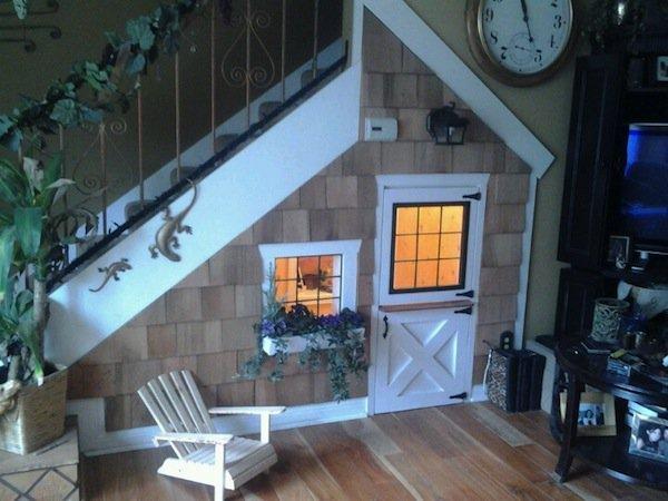 stairs-playhouse