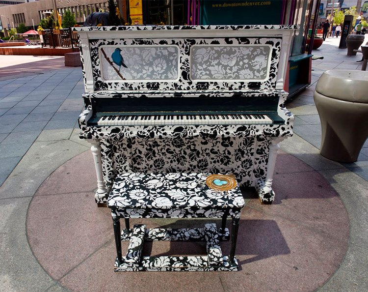 street-pianos-play-me-im-yours-project-bird