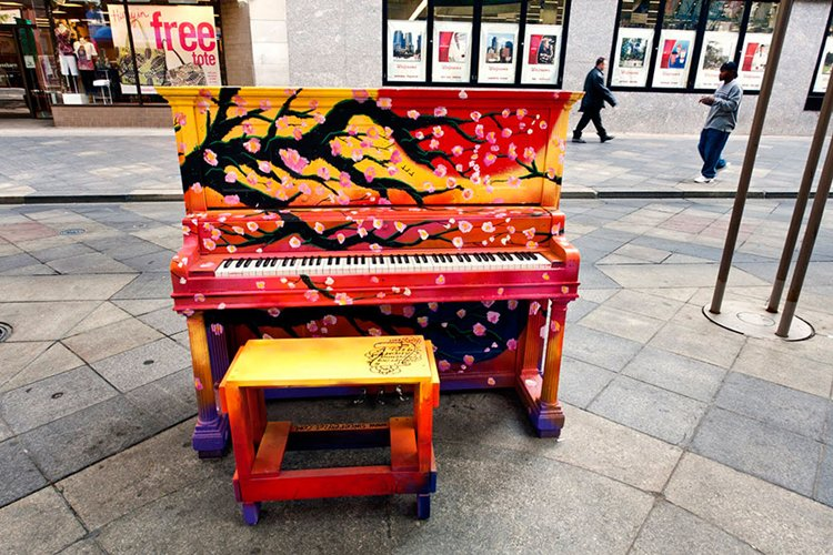 street-pianos-play-me-im-yours-project-cherry-blossom