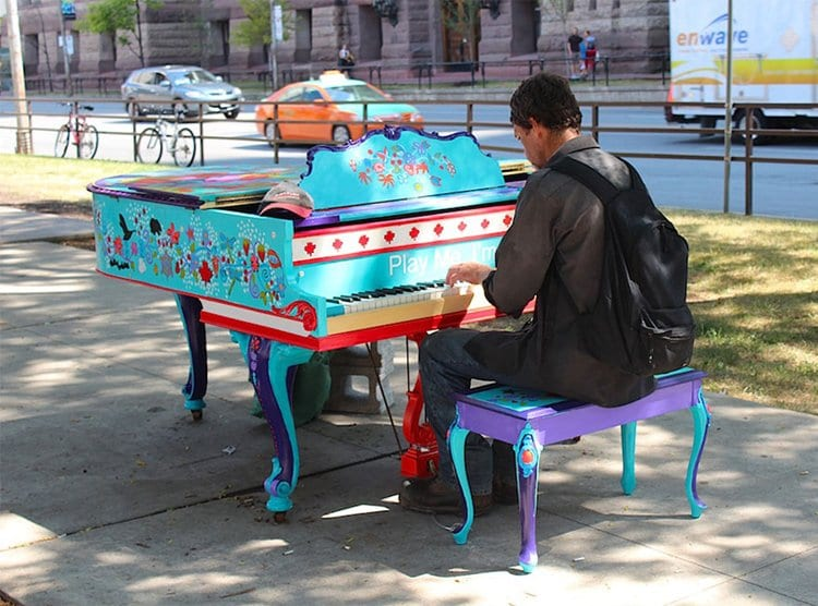 street-pianos-play-me-im-yours-project-grand