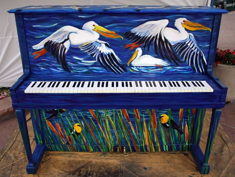 street-pianos-play-me-im-yours-project-pelicans