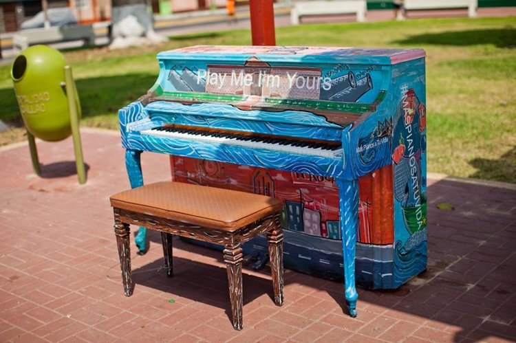 street-pianos-play-me-im-yours-project-peru