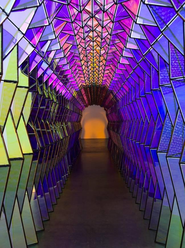 tunnel-olafur-eliasson